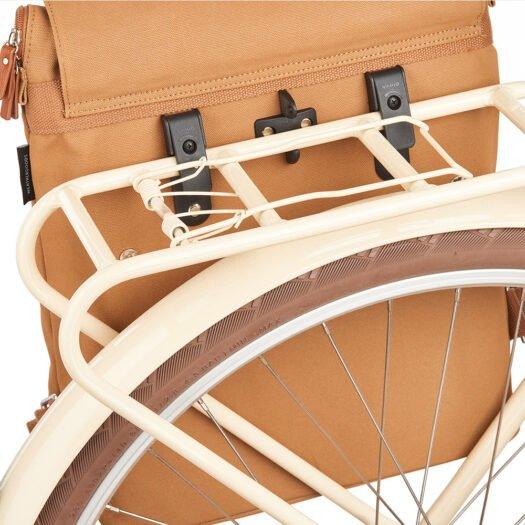Weathergoods-bicycle-bag-city-bikepack-xl-cognac-hooks-bike