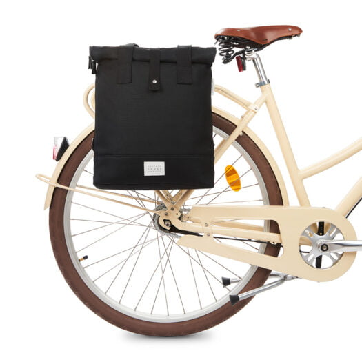 weathergoods-bicycle-bag-city-bikepack-black-bike-front-1