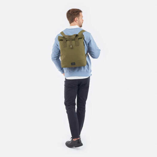weathergoods-bicycle-bag-city-bikepack-olive-man