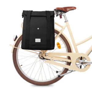 weathergoods-bicycle-bag-city-bikepack-xl-black-bike-front
