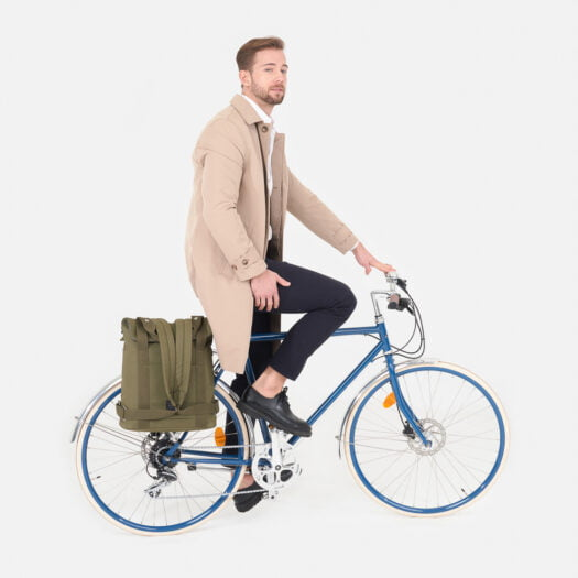 weathergoods-bicycle-bag-city-bikepack-xl-olive-man-cycling