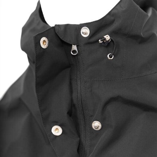 weathergoods-imbris-rain-poncho-black-detail-hood